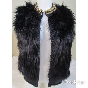 🆕NWT, Michael Kors Sleeveless Faux Fur Vest🆕